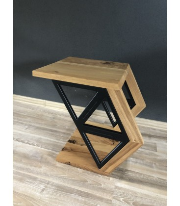 Wooden table - TRIANGELS